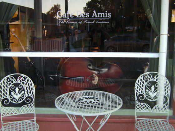 BILD0597 560x420 - Cafe des Amis in Breaux Bridge, Louisiana