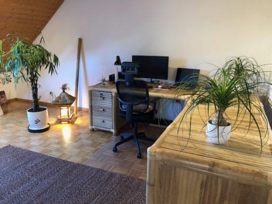 Bambus-Schreibtisch