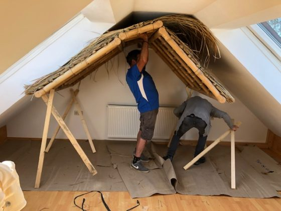 """Bambusdach04 560x420 - Projekt """"Freiraum"""" am Hochrhein: Ein Dach unterm Dach"""