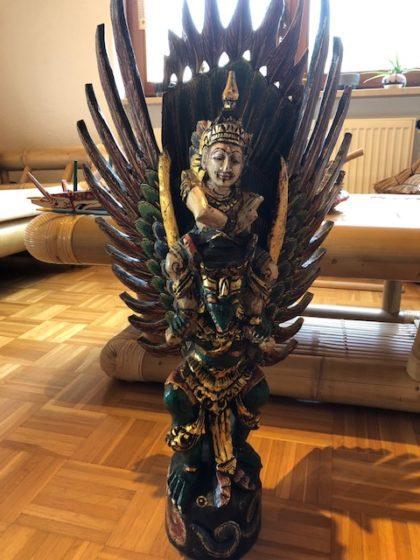"Garuda mit Vishnu02 e1560601486286 420x560 - Projekt ""Freiraum"" am Hochrhein: Vishnu auf Garuda"