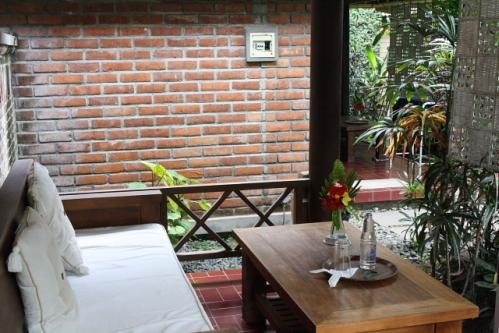 Pandan Veranda02 - Bali Unterkunfts-Tip: Puri Pandan in Candidasa