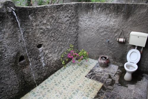 """Zimmer OpenAirBadezimmer - Im Osten von Bali: Die """"Good Karma Bungalows"""" nahe Amed"""