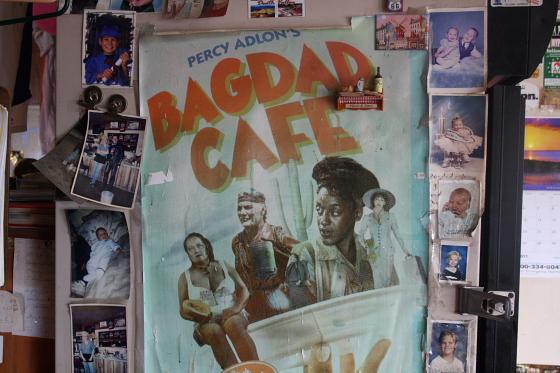 "BagdadCafe08 - Bagdad Cafe - ""Out of Rosenheim"": Kalifornien - der Verfall eines Filmdrehortes oder Brenda ist tot"
