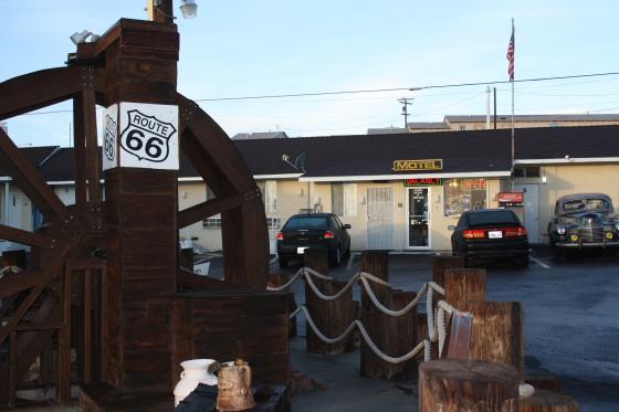 MotelRoute66 Wasserrad - Barstow, Kalifornien: sleep & eat on Historic Route 66