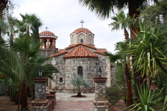 StAnthony Kloster01 - Florence, Arizona: St. Anthony's Greek Orthodox Monastery - grüne Oase in der Wüste