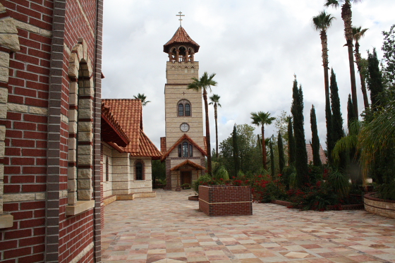 StAnthony Kloster10 - Florence, Arizona: St. Anthony's Greek Orthodox Monastery - grüne Oase in der Wüste