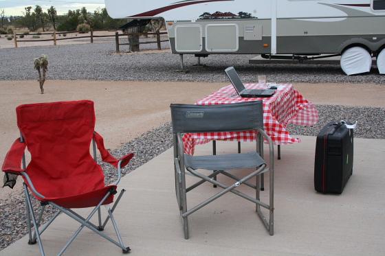 Stuhlmisere - Start der Snowbird-WoMo-Tour: Campingworld (Moturis) Las Vegas und das lausige Wetter