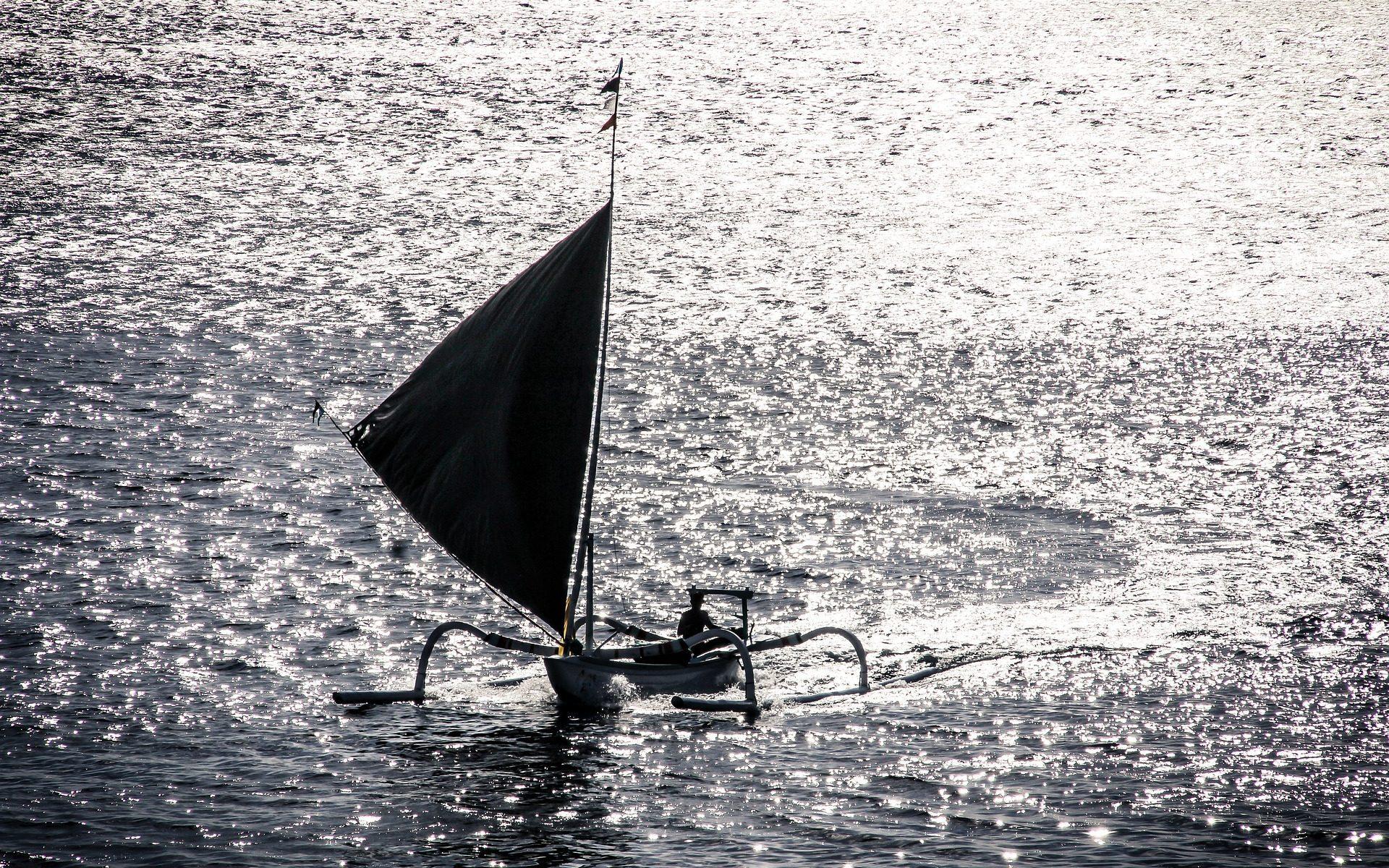 bali fisherman.boat  1920x1200 - Bali: Raus mit den Fishermen