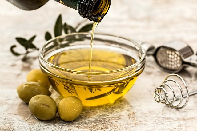 olive oil 640 - Essen in Griechenland: Das Indonesien Europas