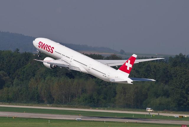 swiss aircraft 640 - Flughafen Zürich: Am ZRH finden seltsame Flugmanöver statt